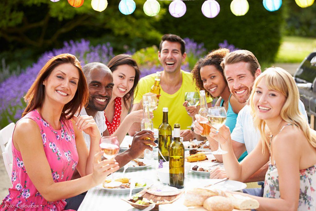 10 tipps f r die perfekte sommerparty hanra gru kartenblog for Menu souper entre amis