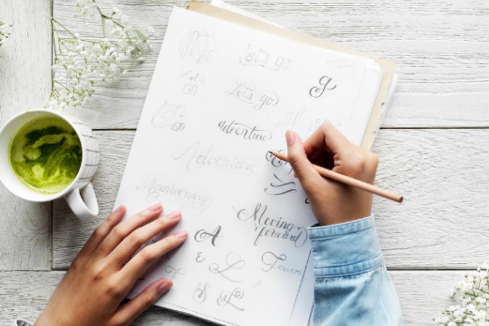 Schönschreiben mit Handlettering.