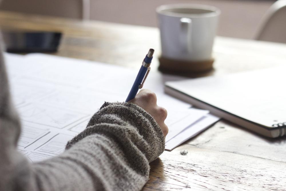 Das Schreiben mit der Hand fördert die Feinmototik
